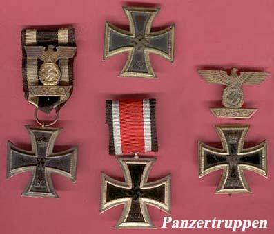 Les diverses croix de fer allemandes - de gauche à droite :